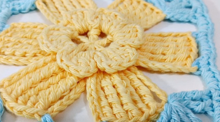 Crochet Granny Square Blanket Easy Tutorial For Beginners Free Video